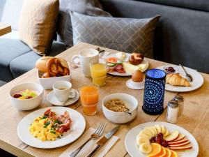 Breakfast options available to guests at ibis Styles Stuttgart