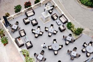 Ein Restaurant oder anderes Speiselokal in der Unterkunft The Eliott Hotel