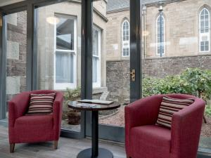 A seating area at Kirkstyle Hotel