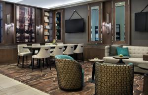 The lounge or bar area at Boston Marriott Copley Place