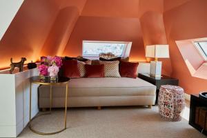 Ein Sitzbereich in der Unterkunft Hotel Sacher Salzburg