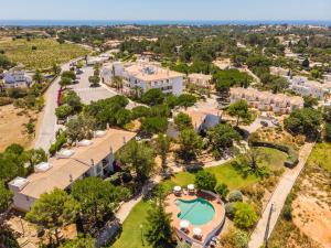 Een luchtfoto van Vale d'El Rei Hotel & Villas