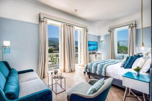 Coin salon dans l'établissement Hotel Mediterraneo