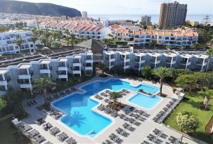 A view of the pool at Apartamentos Hg Tenerife Sur or nearby