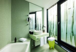 A bathroom at Art Hotel City Leipzig