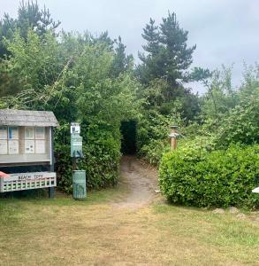A garden outside Grey Gull