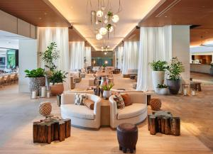 The lobby or reception area at Turtle Bay Resort