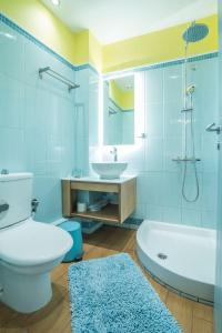 Ένα μπάνιο στο Saronis Hotel Agistri