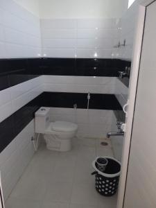 A bathroom at Hotel Temple Tower Rameswaram