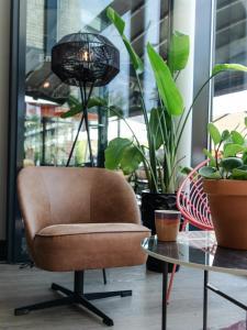 Een zitgedeelte bij Hotel Restaurant Grandcafé 't Voorhuys