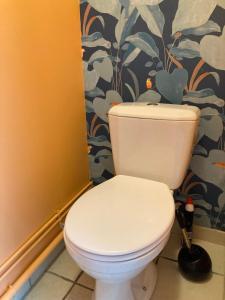 A bathroom at Gîte la bassurelle