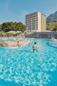 The swimming pool at or close to Bluesun hotel Neptun - All inclusive