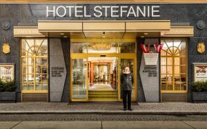 החזית או הכניסה של Hotel Stefanie