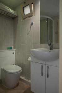 A bathroom at Princess Hotel