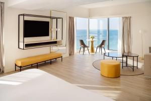 Coin salon dans l'établissement Arrecife Gran Hotel & Spa