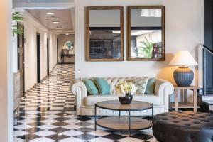 Zona de estar de Salles Hotel Aeroport de Girona
