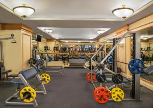 The fitness center and/or fitness facilities at Sheraton Grande Sukhumvit, a Luxury Collection Hotel, Bangkok - SHA Certified