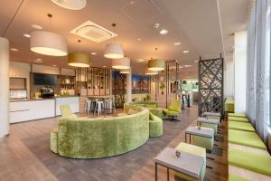 The lobby or reception area at Super 8 by Wyndham Dresden