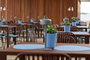 A restaurant or other place to eat at Hotel Royal Paestum