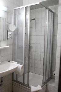 A bathroom at Businesshotel Berlin