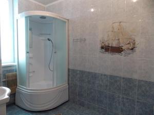 Ванная комната в Гостиница Кузбасс