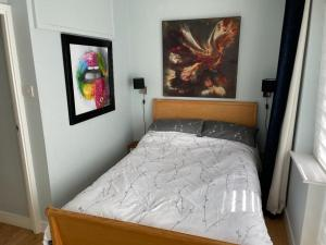 A bed or beds in a room at Wordsworth Place