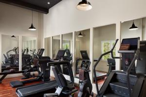 The fitness centre and/or fitness facilities at Le Grand Hôtel Le Touquet-Paris-Plage
