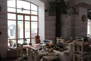 Ресторан / где поесть в Гостиница Экспедиция