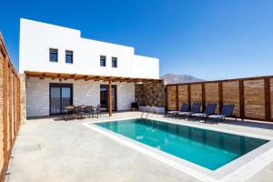 The swimming pool at or near Cato Agro 2, Seafront Villa with Private Pool