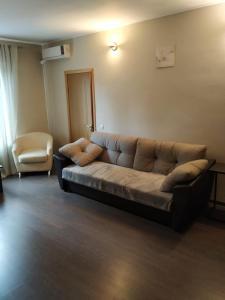 A seating area at Boyarskaya Usadba