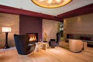 A seating area at Dorint Thermenhotel Freiburg