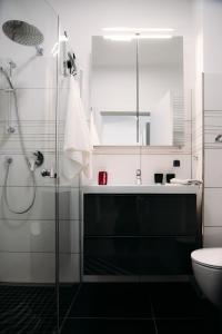 A bathroom at Apartament 15