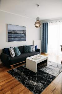 A seating area at Apartament 15