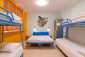 A bunk bed or bunk beds in a room at Abraham Hostel Jerusalem