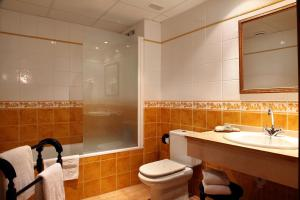 Un baño de Hostería de Guara