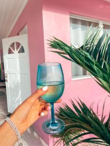 Drinks at Tropical View Villas