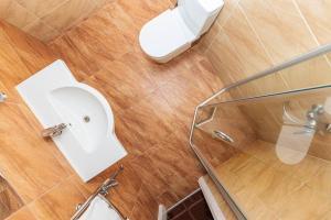 Vonios kambarys apgyvendinimo įstaigoje Gradiali Anykščiai