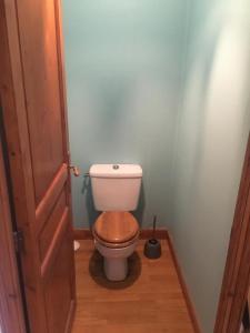 A bathroom at Coup de Cœur au Cottage