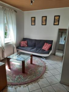 A seating area at Ferienwohnung in ruhiger Lage