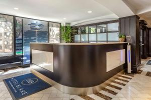 The lobby or reception area at Hotel Blake, an Ascend Hotel Collection Member