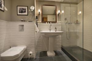 A bathroom at LOFT Hotel Bratislava