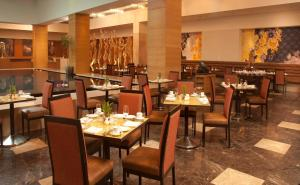 A restaurant or other place to eat at Radisson Blu Hotel Ranchi