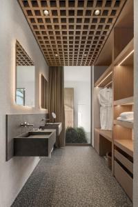Een badkamer bij Voyage Torba Hotel