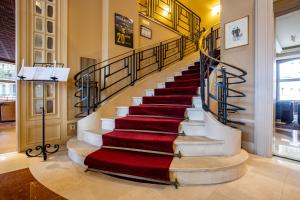 De lobby of receptie bij Hotel Du Parc - Mulhouse Centre