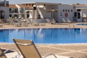 Het zwembad bij of vlak bij RVHotels Sea Club Menorca