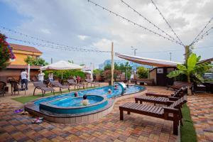 Бассейн в SPA-hotel La Terrassa или поблизости