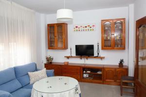 Una televisión o centro de entretenimiento en Vivienda turística María de Padilla