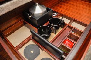 A kitchen or kitchenette at InterContinental Foshan, an IHG Hotel