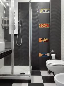 A bathroom at Atmos Luxe Navigli