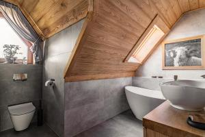A bathroom at Nosalowski Wypas